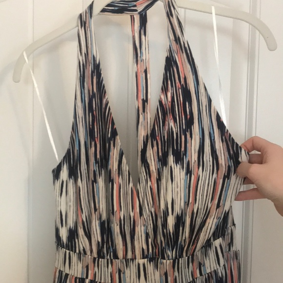 Tart Dresses & Skirts - Stunning plunging neckline maxi dress